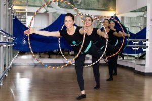Ballet pilates queima 600 calorias e deixa o abdômen durinho