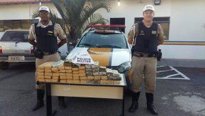 Polícia apreende 40 kg de maconha em carro perto de Perdões