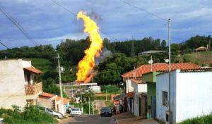 Incêndio assusta moradores da zona norte de Lavras