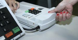 Eleitores de Lavras já podem fazer o cadastro biométrico